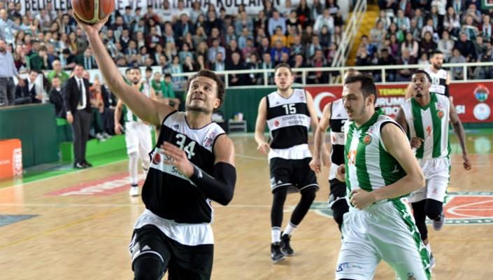Yeşil Giresun Bld.:62 Beşiktaş Sompo Japan:82