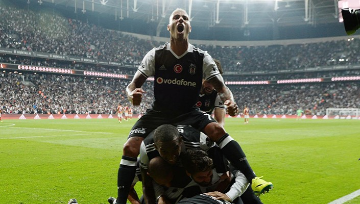 Eagles come from behind to level 2-2 in Istanbul derby!