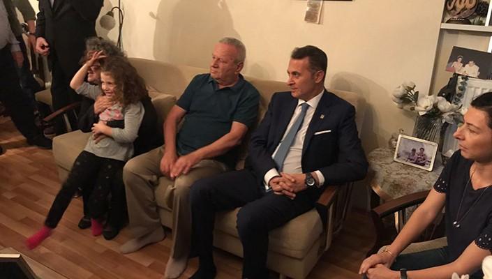 Başkanımız Fikret Orman, Şehit Vefa Karakurdu'nun Baba Evini ve Kabrini Ziyaret Etti