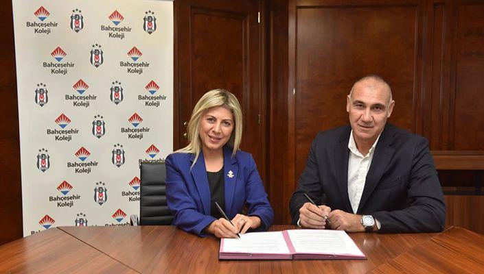 Bahçeşehir Koleji, Kadın Basketbol Takımımıza Sponsor Oldu