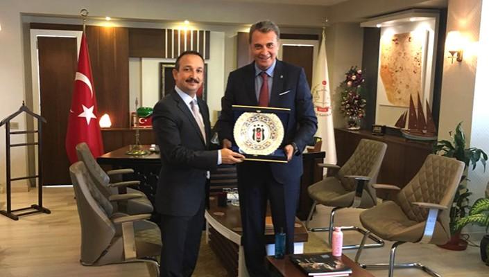 Fans welcome Beşiktaş to China!