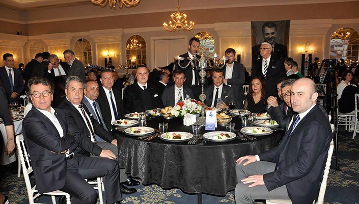 Başkanımız Fikret Orman, Beşiktaş Derneklerinin Başkanlarıyla Buluştu