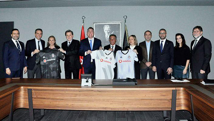 Vodafone Türkiye CEO'su Colman Deegan'dan Başkanımız Ahmet Nur Çebi'ye Ziyaret