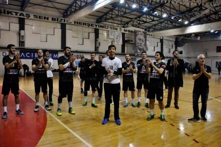 Beşiktaş Mogaz Takımımızdan Şampiyonluk Kutlaması