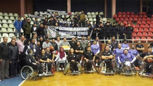 Gaziantep Beşiktaşlı Taraftarlar Derneği'nden Beşiktaş RMK Marine Takımımıza Destek